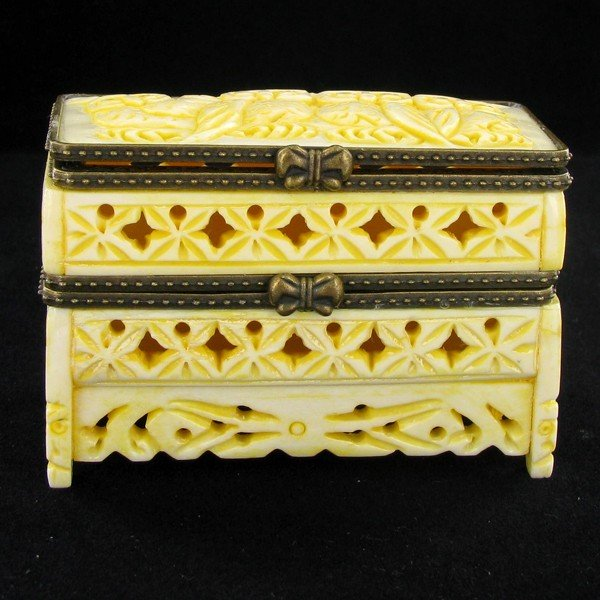20A: Chinese Handcarved Bone Double Gem Box
