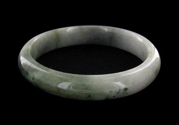15: 330ct Top Burma Jade Bracelet