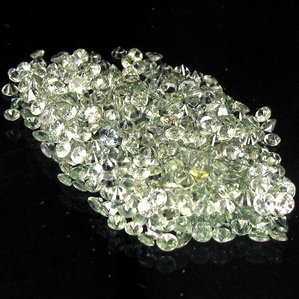 4A: 1.02ct Green Sapphire Round Cut Parcel