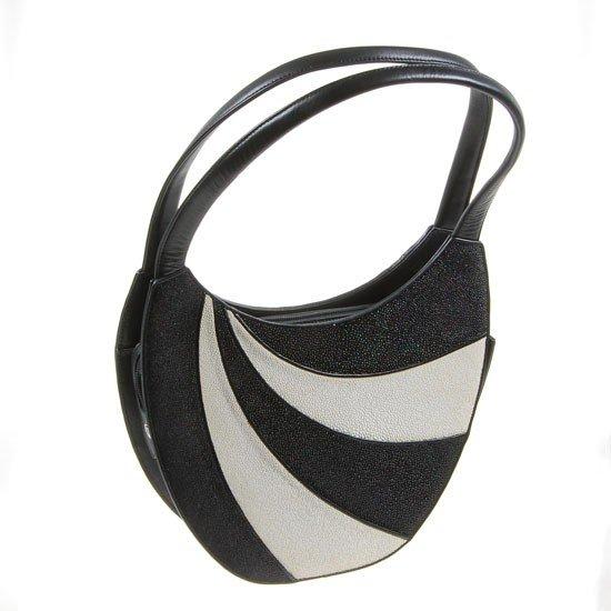 736: Ladies High Fashion Black & White Stingray Purse