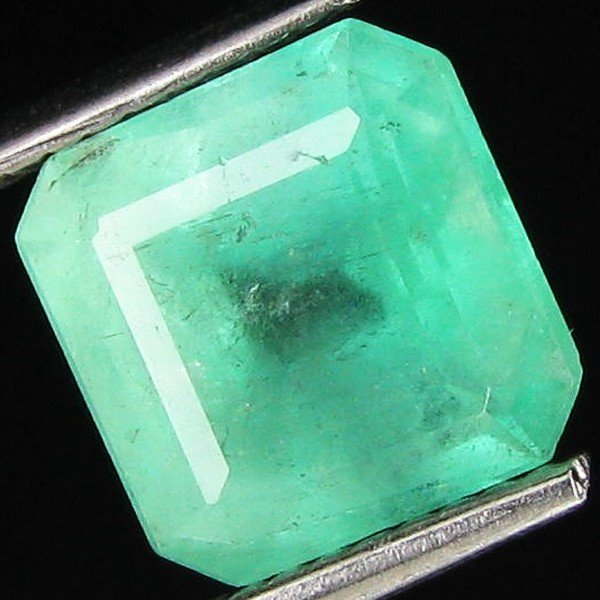 14A: 3.08ct Natural Colombian Emerald Cut Mint Green