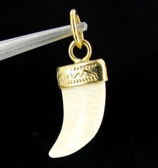 7: Ivory Carved Horn Pendant w/ Gold Vermeil EST: $60 -