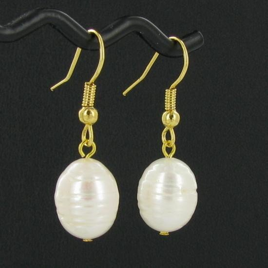 20A: Saltwater Baroque White Pearl Earrings EST: $45 -