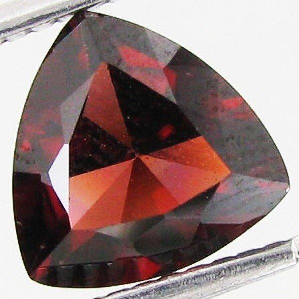 41: 2.38ct Brilliant Red Zircon EST: $165 - $330 (GEM-2