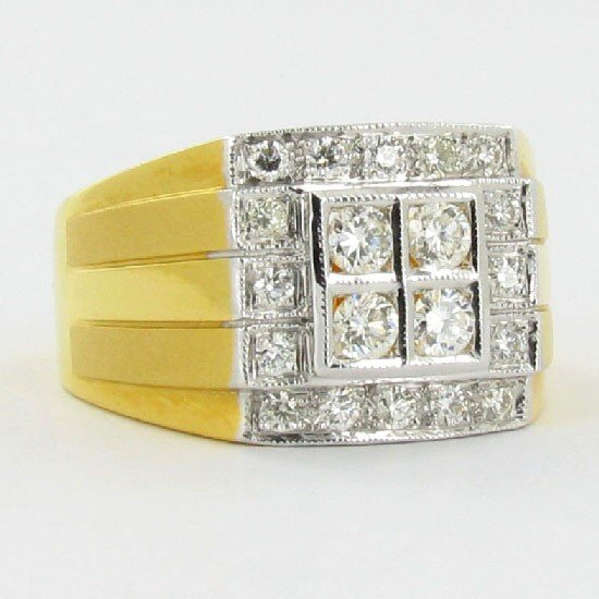 1666: .8ct VVS Diamond Mens New 22k Gold Ring