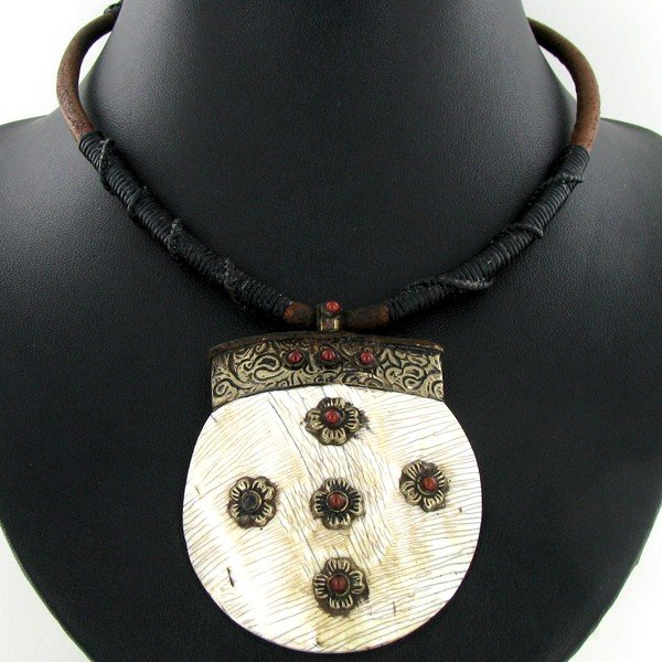 1861: Tibet Shell Agate Bead Nickel Necklace - 2