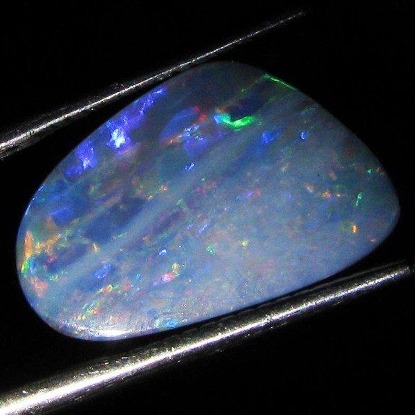 59: 4.4ct Australian Black Opal Doublet Full Fire