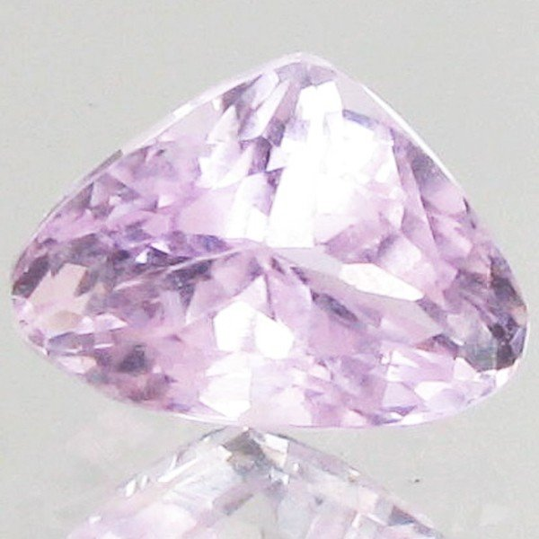 63: 3.5ct Hot Pink Kunzite Trillion