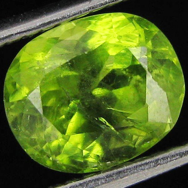 16: 2.15ct Clean Green Peridot Oval