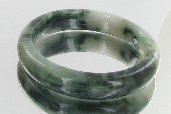 325ct Top Burma Jade Bracelet