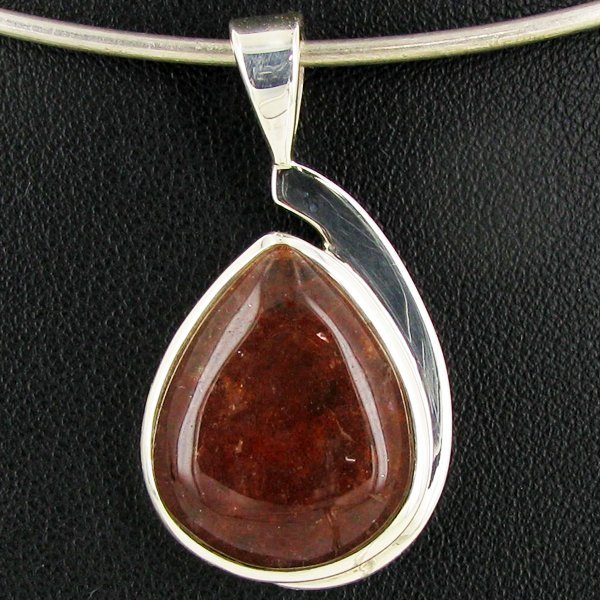 34.45twc Red Moss Agate Sterling Pendant