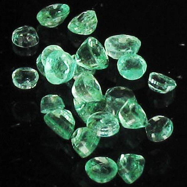 1.05ct Clean Colombian Emerald  Parcel