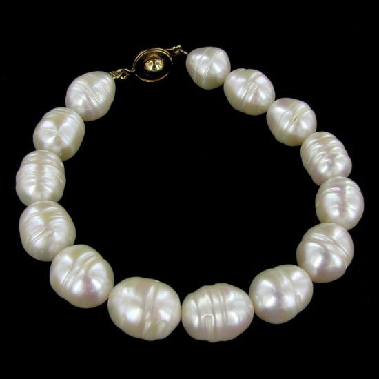 Saltwater Baroque White Pearl Bracelet