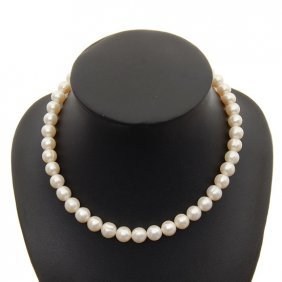 White Saltwater Pearl Necklace