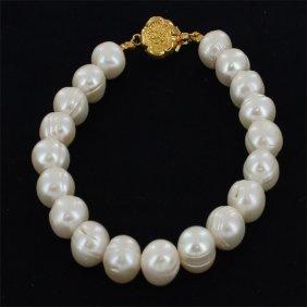 White Pearls Bracelet