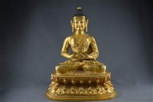 A Gilt Bronze Shakyamuni Buddha Figure Statue