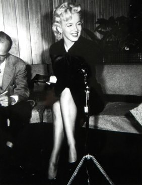 """9: Marilyn Monroe, press photo for """"Prince and the Show"""