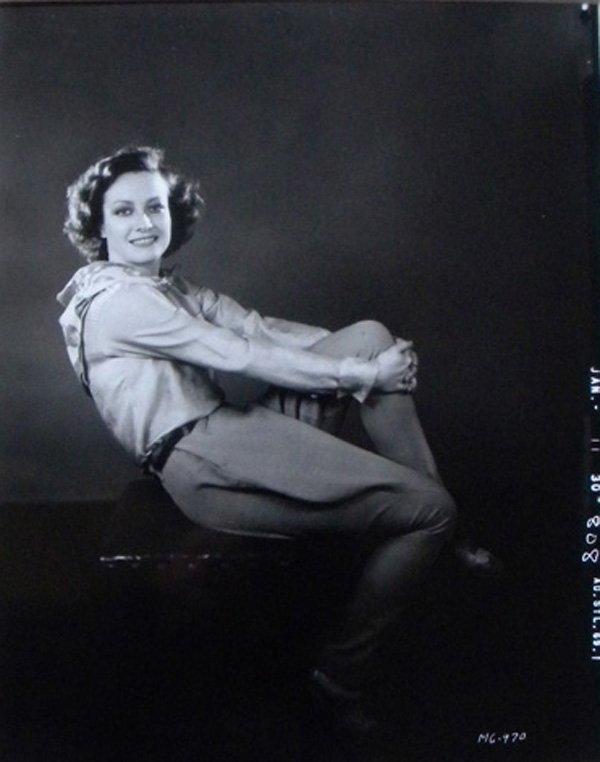 24: Joan Crawford with Guns, 1930/69, 8 x 10, George Da