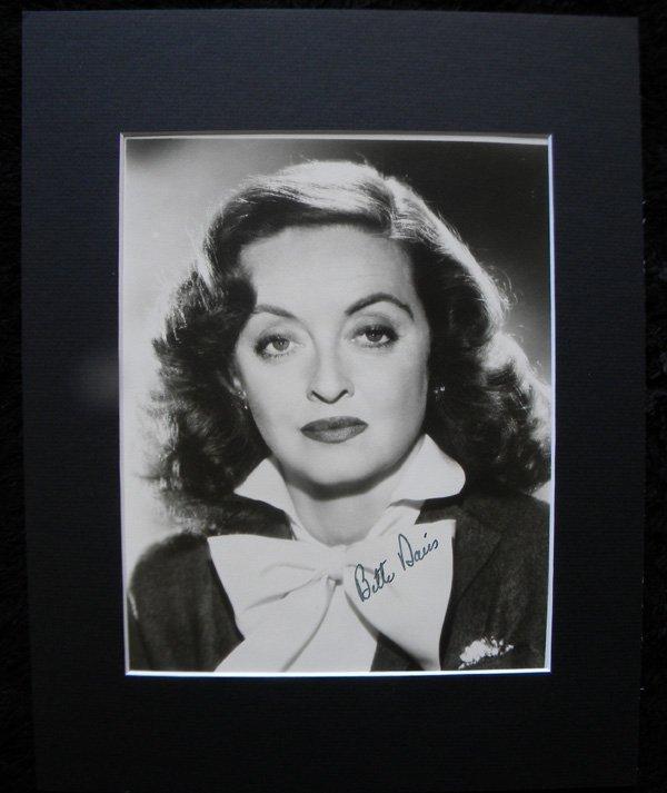 29: Bette Davis autographed photograph, 1950, 8 x 10 - 2