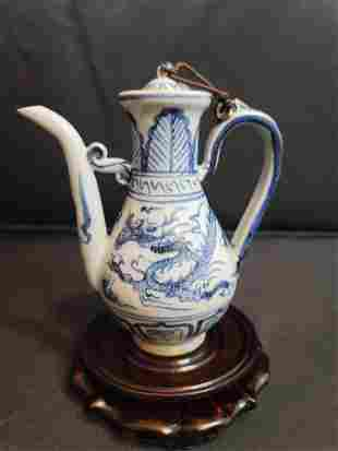 Ming Dynasty Blue and White Dragon Pattern Porcelain