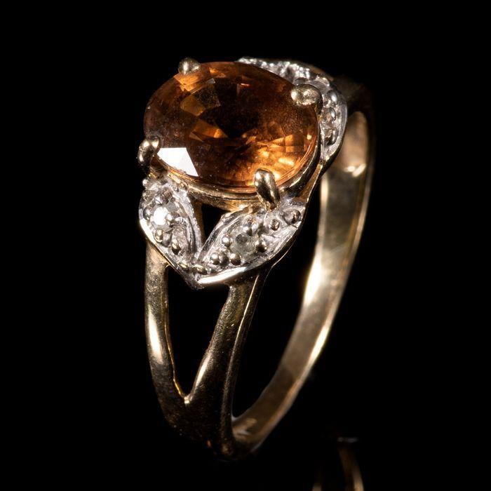 FREE POST 9 kt. Yellow Gold Tourmaline & Diamond Ring