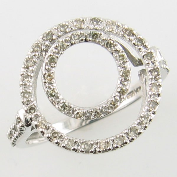 1008: 14KT DIAMOND COCTAIL WHITE GOLD RING 0.25 TCW