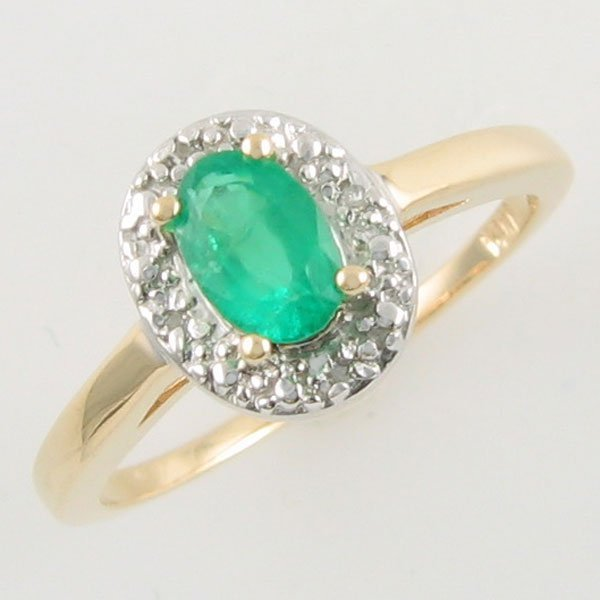 1011: 14KT EMERALD DIAMOND GOLD RING 0.42 TCW SIZE 6.5