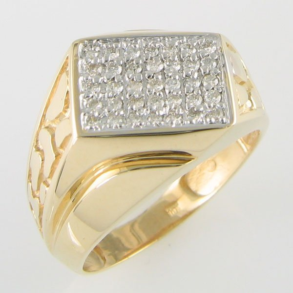 2010: 10 KT MEN'S DIAMOND GOLD RING  0.53TCW SIZE 11.25