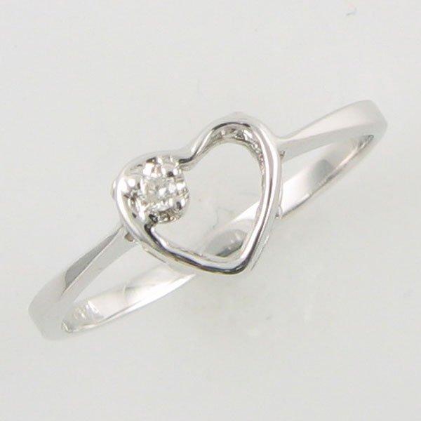 3004: 14KT HEART DIAMOND GOLD RING 0.02 TCW SIZE 6.25