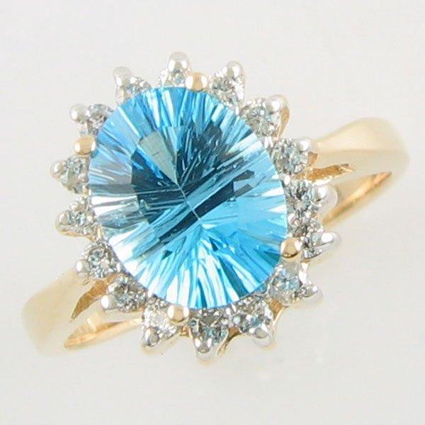 3013: 14KT 2.82 TCW DIAMOND BLUE TOPAZ GOLD RING SZ 5.7