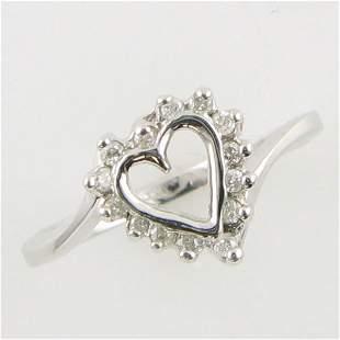 14KT HEART DIAMOND GOLD RING 0.14 TCW SIZE 6