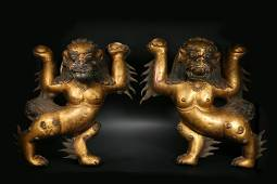 A bronze statue of a double lion in the Qing Dynasty