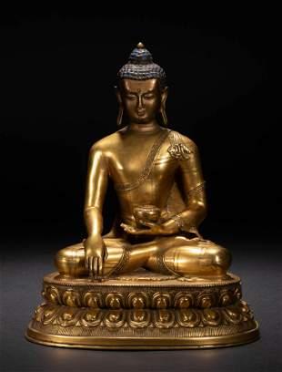 Gilt bronze pharmacist Buddha in Qing Dynasty