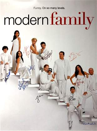 Autograph Signed Modern Family Poster