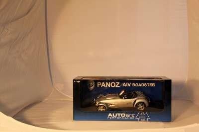12: AUTO ART 1:18 PANZO AIV ROADSTER