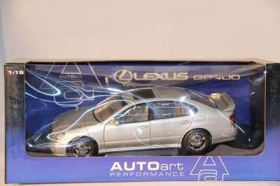 18: AUTO ART 1:18 LEXUS GS400