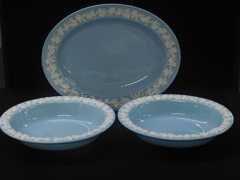 Wedgwood Queensware Vegetable Bowls and Oval Platter