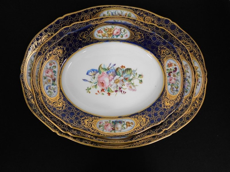 Graduated Set of Porcelain Platters
