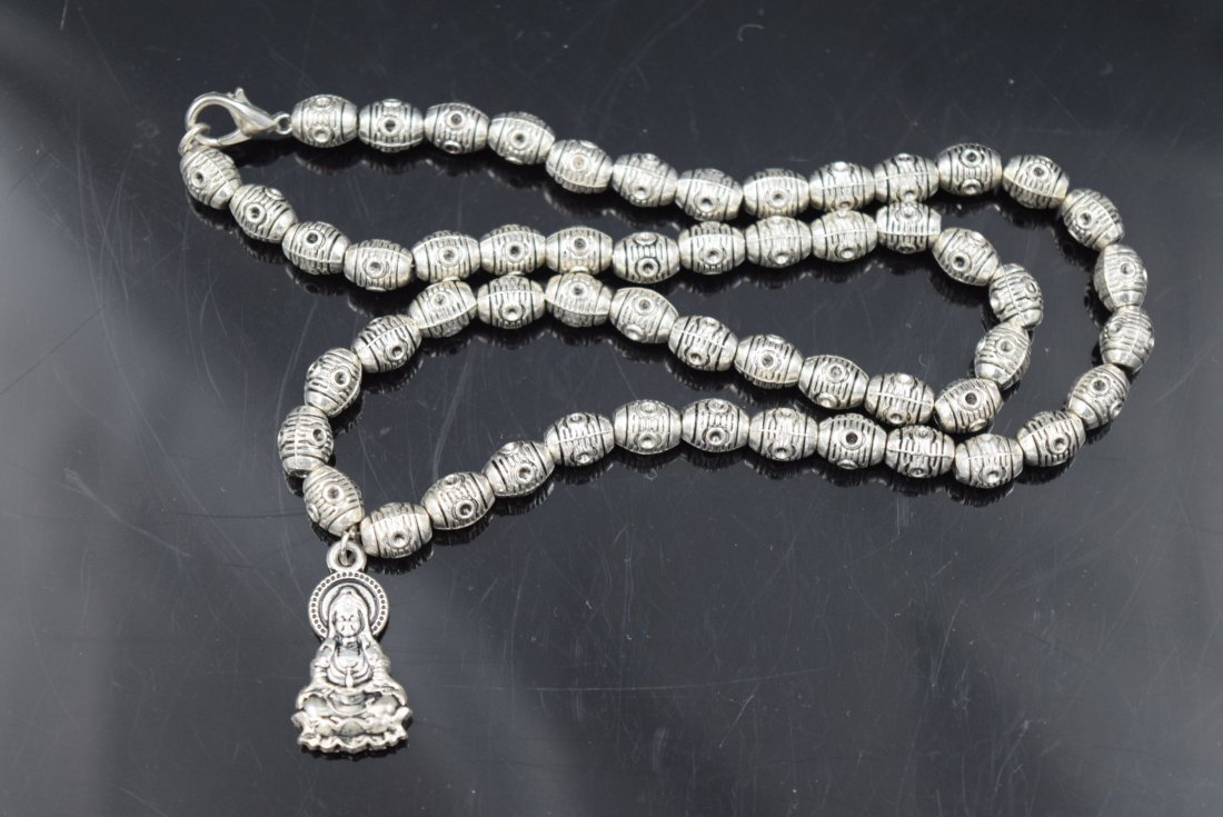 Chinese Silver beaded Necklace with Carved Buddha