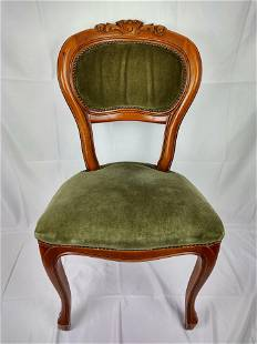 4 Wooden Chairs Upholseted in Green