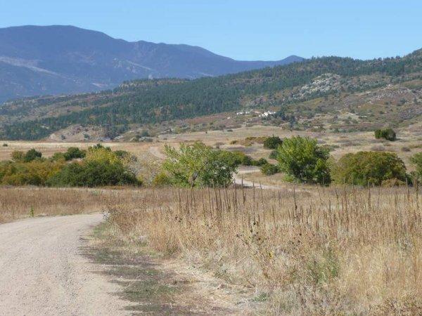 19D: 19D:GREENHORN MTNS COLORADO ROAD FRONTAGE ,UTILI