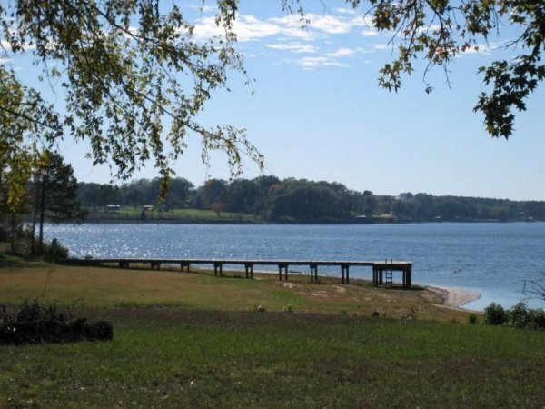 9C:LAKE PALESTINE NICE LOT TYLER TEXAS-UTILITIES, ROADS