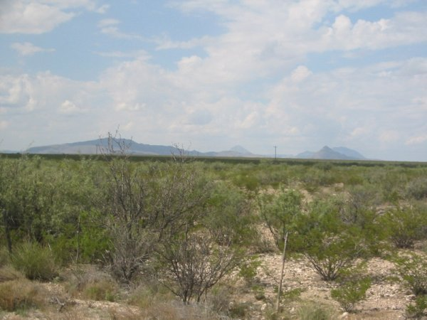 24B: 7.9 AC WATER,POWER, ROAD IMPERIAL TEXAS