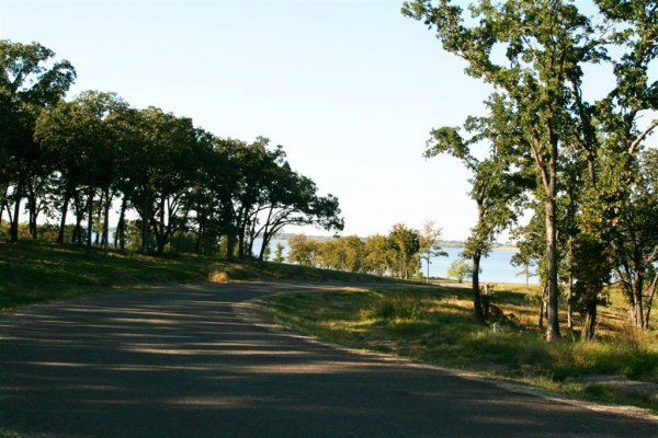 22C:HUGE 3/4 AC LOT,PWR, RICHLAND CHAMBERS LAKE TEXAS