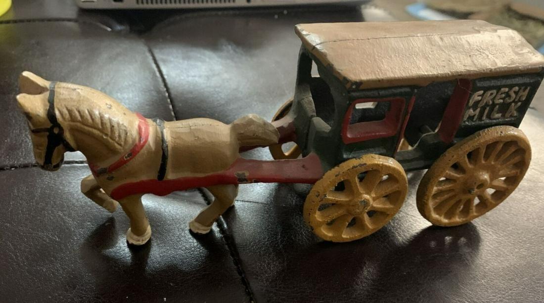 Hubley ANTIQUE HEAVY CAST IRON TOY HORSE & FRESH MILK