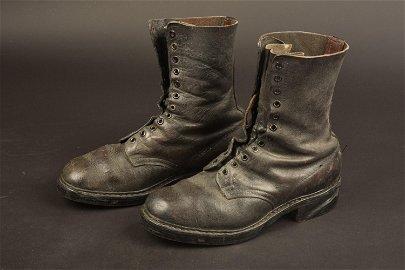 German paratrooper boots. Botte parachutiste allemand