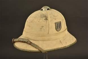 Casque tropicale de la Waffen SS prise de guerre d'un