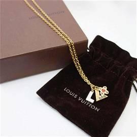 Authentic LOUIS VUITTON Pandantif Love Letters M65252