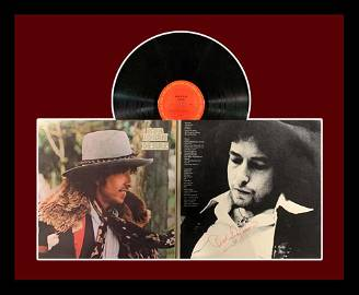 Rare Bob Dylan Signed Album Display  Vintage Autograph.