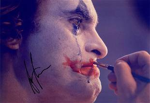 Autograph Signed Joaquin Phoenix Photo